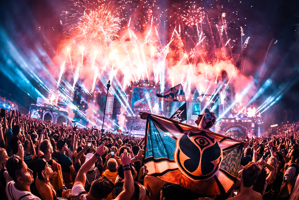 Tomorrowland Festival is postponed to the end of summer 2021!