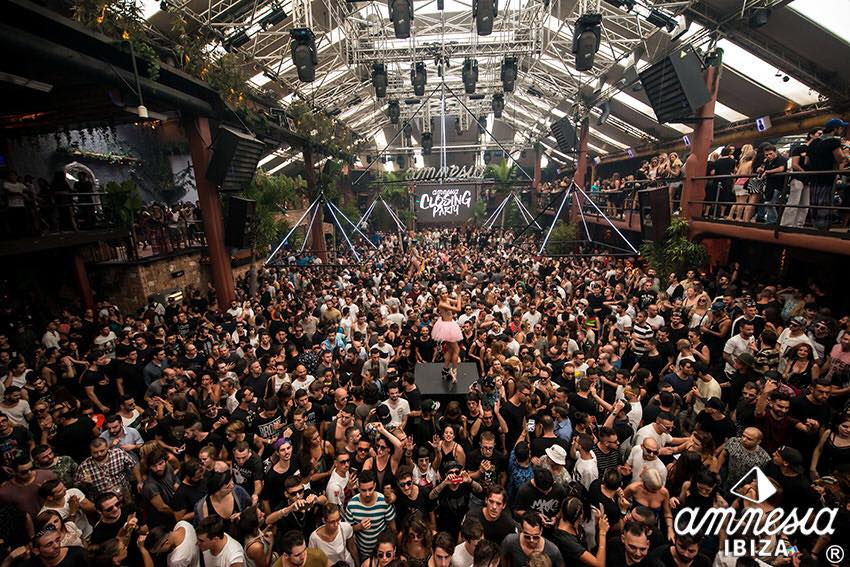 Ibiza Island … are you ready to party again?!